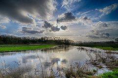 Wolken boven de Drentsche Aa