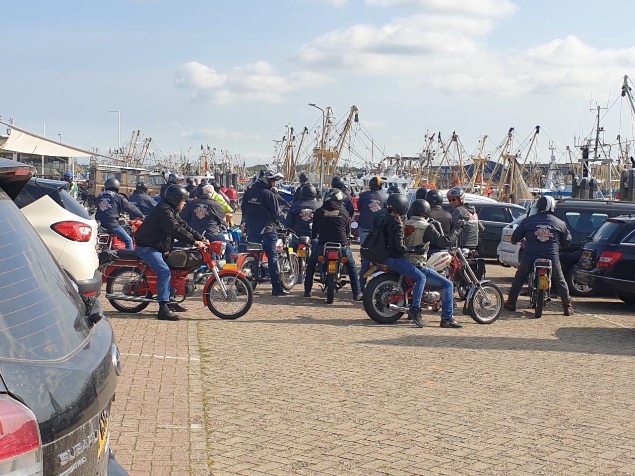 Motoren in de haven