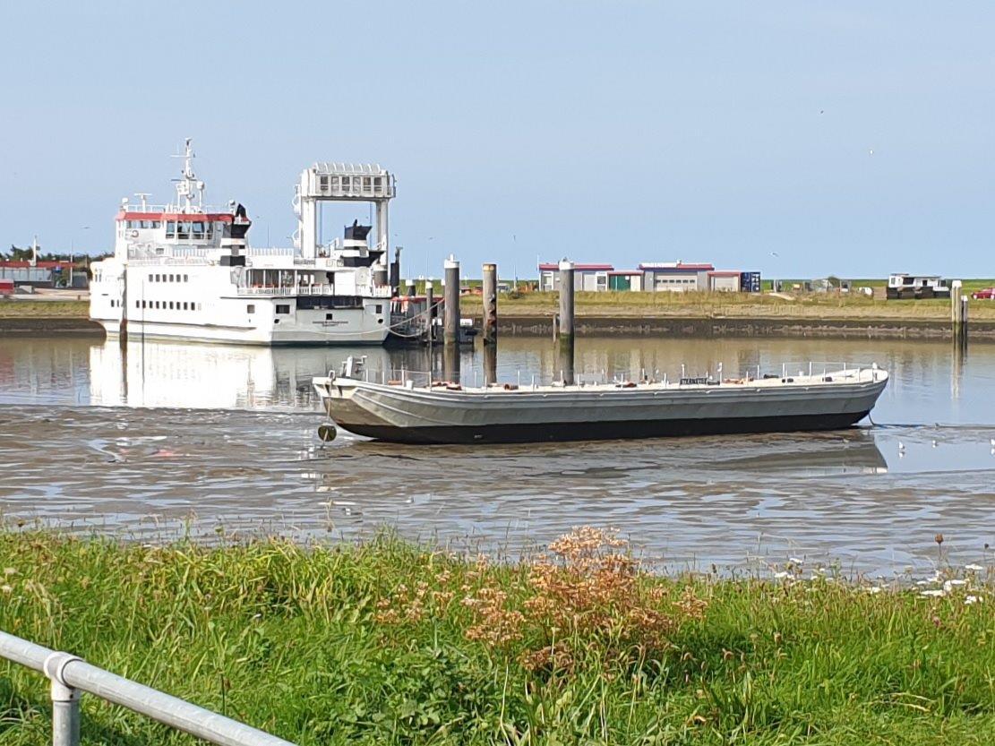 Sternstee en veerboot