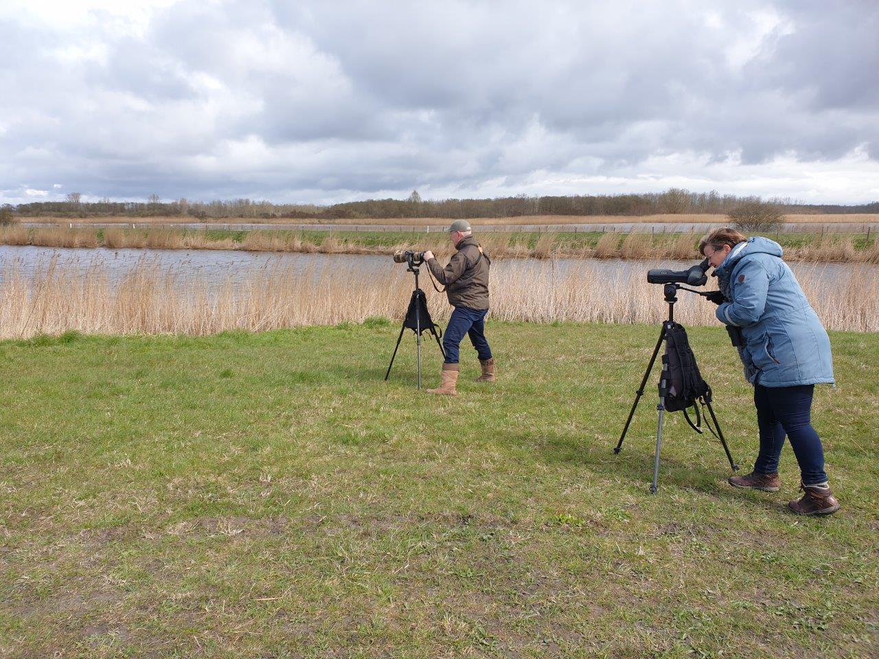 Vogelexcursie Deelnemers in actie