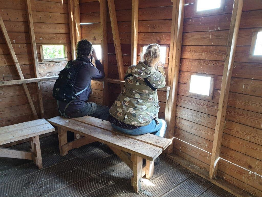Deelnemers in de hut